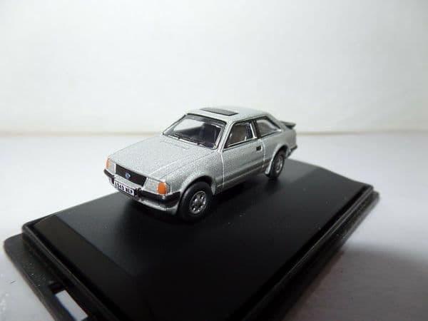 Oxford 76XR001 XR001 1/76 OO Scale Ford Escort III XR3i  Silver NO